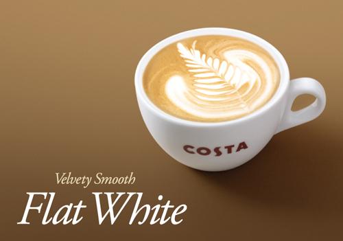 Flat White, Australia Bạn không thể kể thiếu tên Flat White khi nhắc đến những loại cà phê ngon nhất thế giới. Flat White đơn giản nhưng ấn tượng: một chút espresso với bọt sữa nóng, không có socola, không siro, chỉ cà phê và bọt sữa. Ảnh: costacoffee