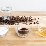 Đánh bay quầng thâm, bọng mắt trong 10 phút bằng cà phê