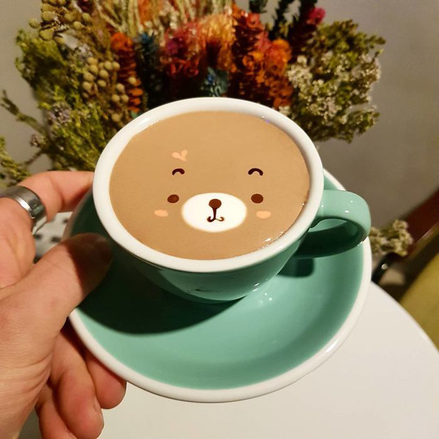 artistic-barista-from-korea-who-draws-art-on-coffee-5912bee481c61-700-1494669196001